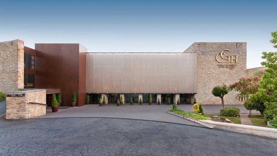 Castillo de gorraiz hotel golf spa for Hotel spa nueva castilla